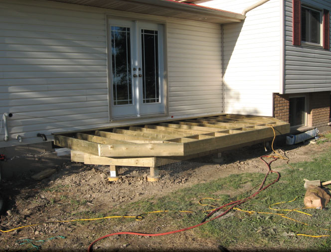 New front deck being built with sitting area.
